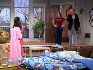 Mary-Tyler-Moore-show-apartment-pull-out-bed