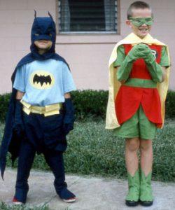 children_dressed_as_batman_and_robin_1966